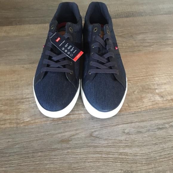 NWT Levi's Men's Casual Shoes Size 13